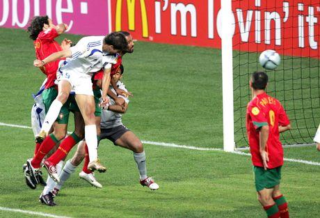 Gol de Grecia a Portugal – final de la Euro 2004