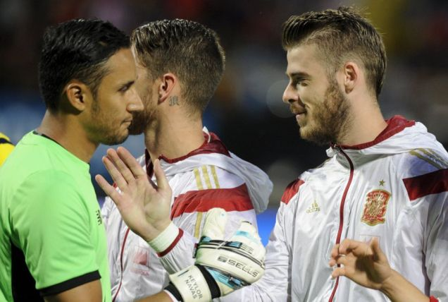 20150613-Keylor-Navas-De-Gea-selection